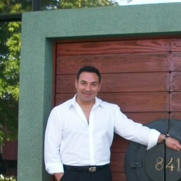 JOHW MANCINI, 46, Buenos Aires, Argentina