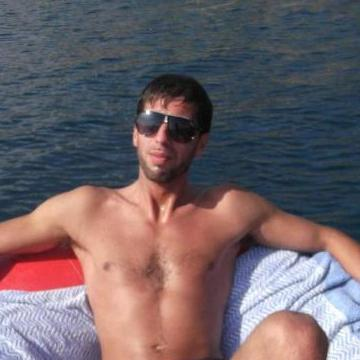 Marco Ted, 35, Palermo, Italy