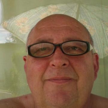 Zbigniew Michajlowicz, 62, Warsaw, Poland