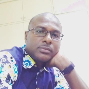 sow, 43, Dakar, Senegal