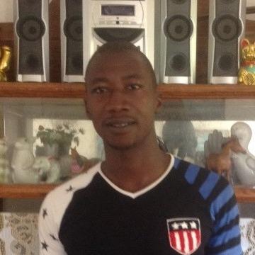 Joseph , 32, Conakry, Guinea