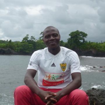 Ekan, 37, Yaounde, Cameroon