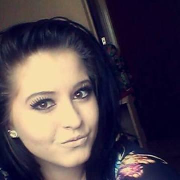 Larisa Morgan, 30, Bristol, United Kingdom