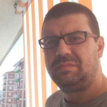Berubin Rodriguez, 39, Montgat, Spain