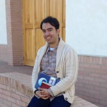 Cesar P, 38, Bogota, Colombia