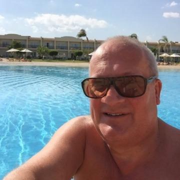 Rob, 50, Nuneaton, United Kingdom