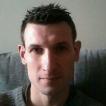 Iker, 36, Sestao, Spain