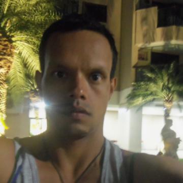 victor, 36, Medellin, Colombia