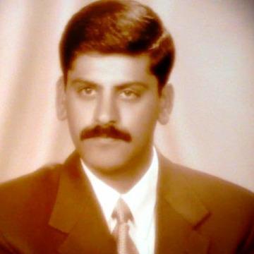 Aamer, 40, Dubai, United Arab Emirates