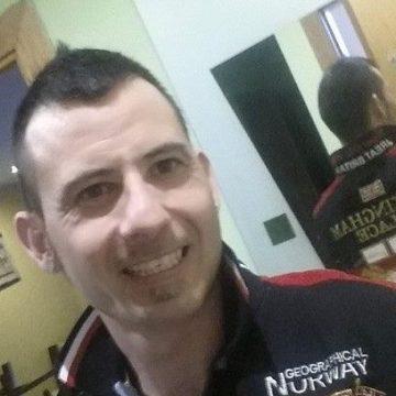 Juan Gonzalez Tarres, 37, Barcelona, Spain