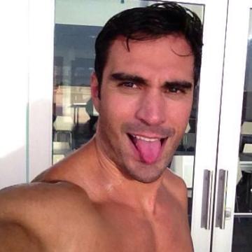 Fares, 35, Dubai, United Arab Emirates