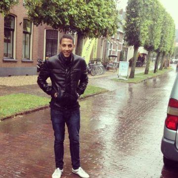youssef, 22, Barcelona, Spain