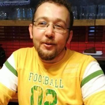 Orkun Sezer, 35, Istanbul, Turkey