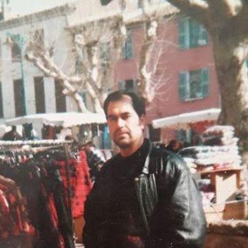 Rahmi Özcan, 46, Izmir, Turkey