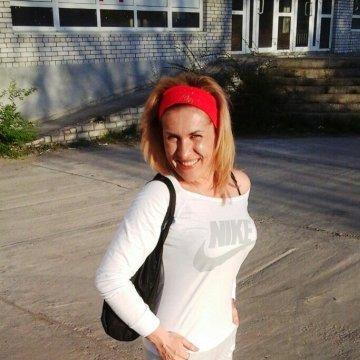 Adelina, 29, Dnepropetrovsk, Ukraine