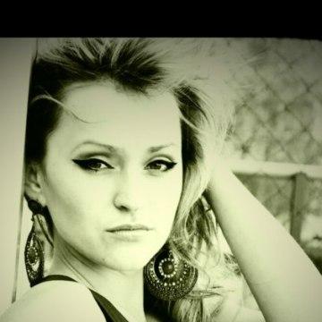 Дарина, 26, Herson, Ukraine