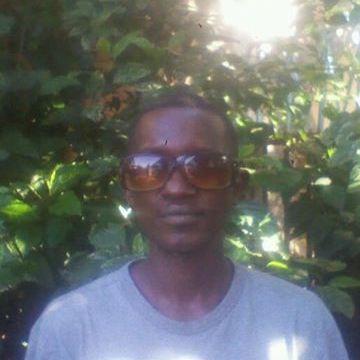 mosentario, 27, Nairobi, Kenya