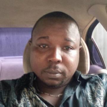 Taiwo, 35, Lagos, Nigeria
