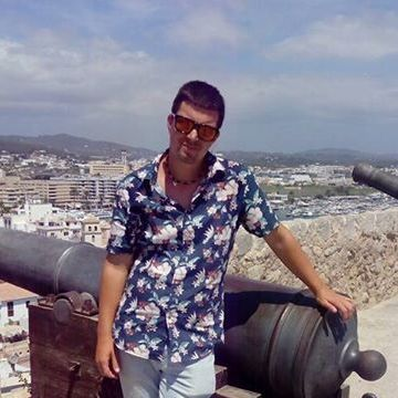 Ismael Mellinas, 28, Tarragona, Spain