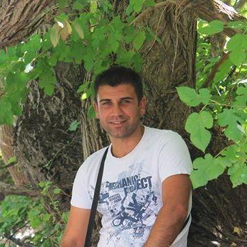 Cemal Akın, 30, Van, Turkey