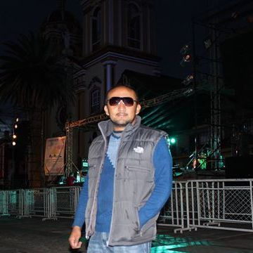 Jhon Jairo  Eraso, 42, Pasto, Colombia