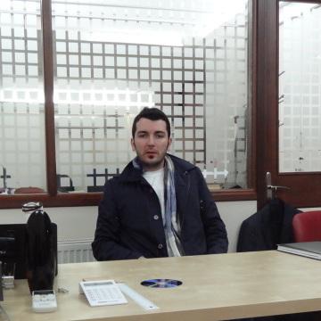 Erhan UI UIsahin, 36, Istanbul, Turkey