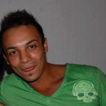 Luca, 26, Monza, Italy