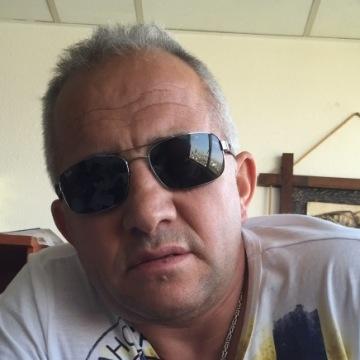 Sonmez Celik, 51, Frankfurt, Germany