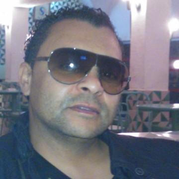 Neji Elouihig, 44, Hammamet, Tunisia