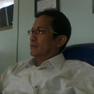 Una Rahmansyah, 57, Mataram, Indonesia