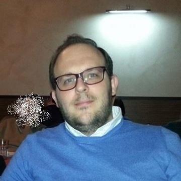 Gabriele C, 34, Siracusa, Italy