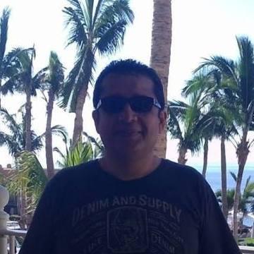 Enrique, 46, Whitby, Canada
