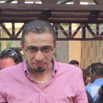 Ananas Kashlan, 31, Dubai, United Arab Emirates