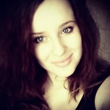 Оля, 20, Mariupol, Ukraine