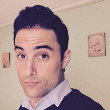 Iñigo, 33, Pamplona, Spain