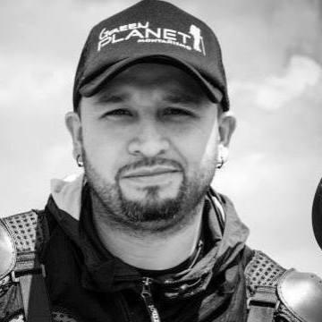 Nelson Rincon E, 40, Bogota, Colombia