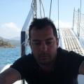 Ali, 38, Miami, United States