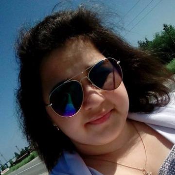 Алена, 19, Noyabrsk, Russia