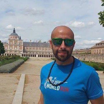 Miguelillo Vel, 35, Valencia, Spain