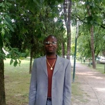 Lawrence chukwu  , 37, Piove Di Sacco, Italy