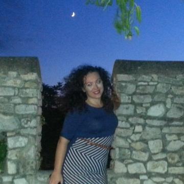 cecilia, 35, Pescara, Italy