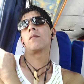 Carlos Espinoza Perez, 37, Santiago, Chile