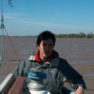Carlos Veron, 42, Campana, Argentina