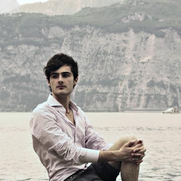 Dave, 20, La Spezia, Italy