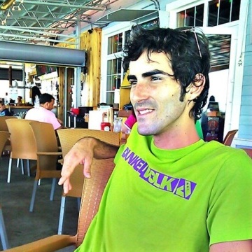 Gustavo, 31, Tampa, United States