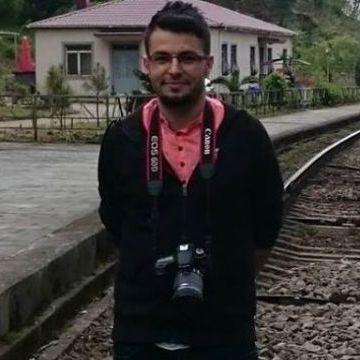 İbrahim Köksal, 32, Istanbul, Turkey