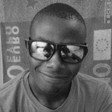 beavon  nyakundi, 23, Mombasa, Kenya