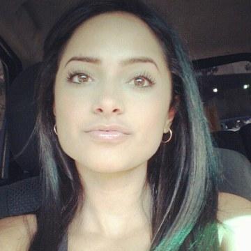 hailey garth, 24, Miami, United States