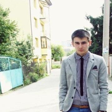 OLEG BAGGO, 24, Lvov, Ukraine