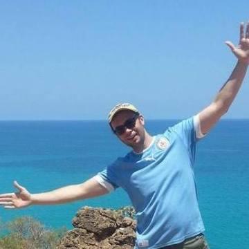 Daniel Lima, 38, Dubai, United Arab Emirates